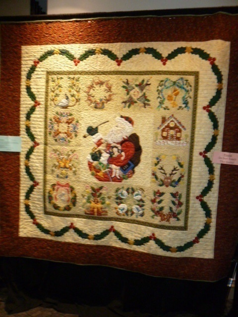 Baltimore Christmas by Virginia Hart.  Quilted by Pat Fitzpatrick